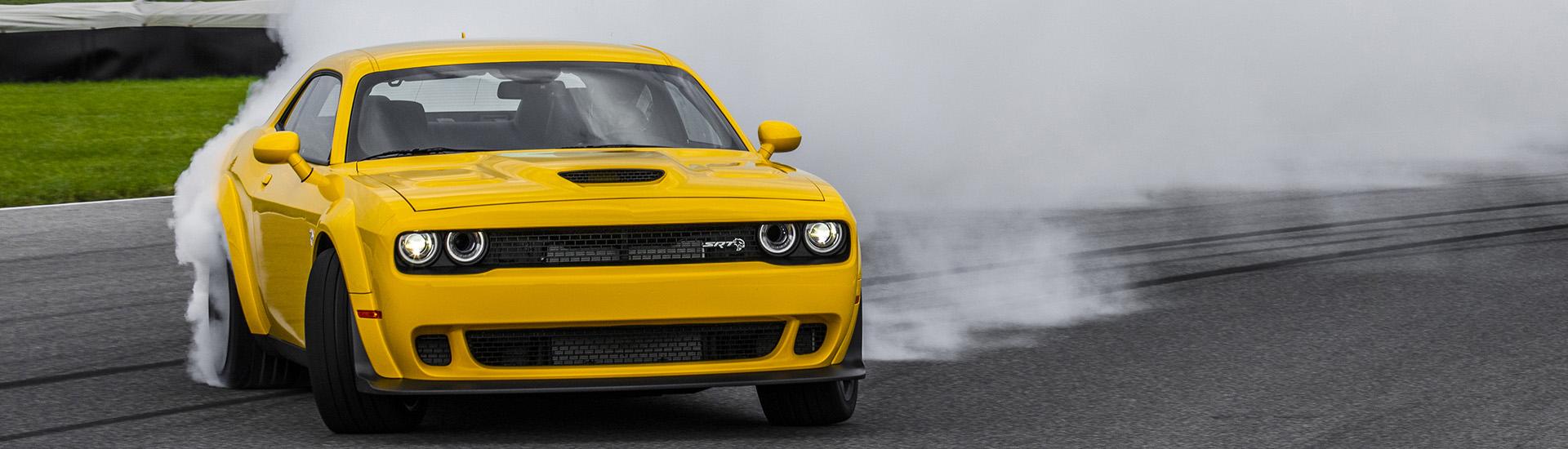 Dodge Challenger Hellcat drifting
