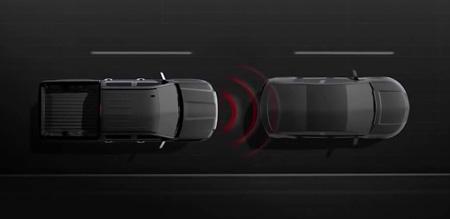 Chevrolet Silverado forward cillision alert