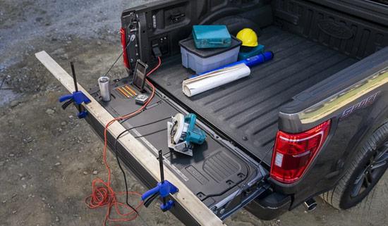 2021 Ford F-150 Lariat Sport bakläm